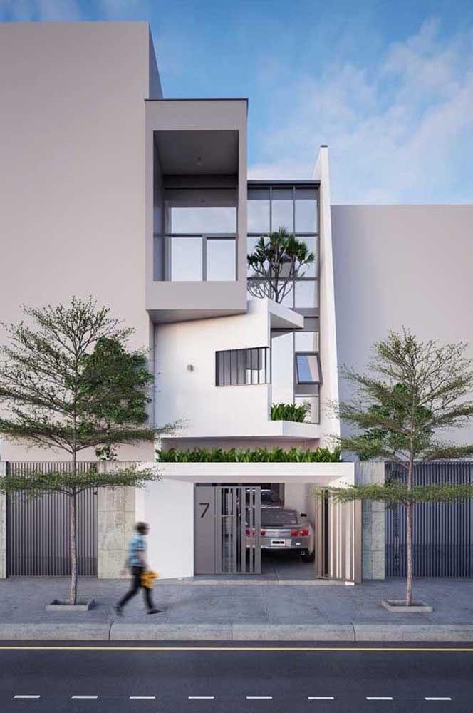Casa sobrado com fachada em tons neutros: um modelo que agrada muitos