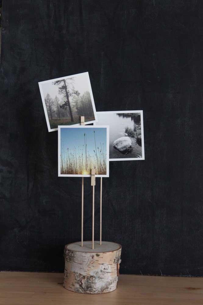 Mas se prefere algo mais simples, escolha um pequeno objeto para colocar suas fotos de forma discreta.