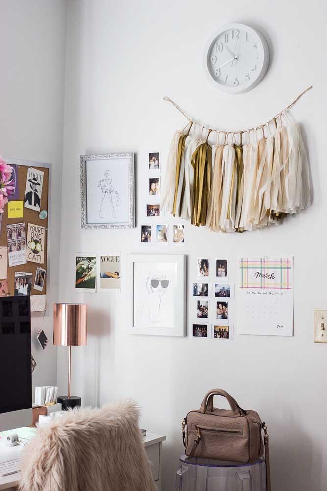 Você não precisa fazer um painel de fotos enorme para ter as suas melhores lembranças por perto.