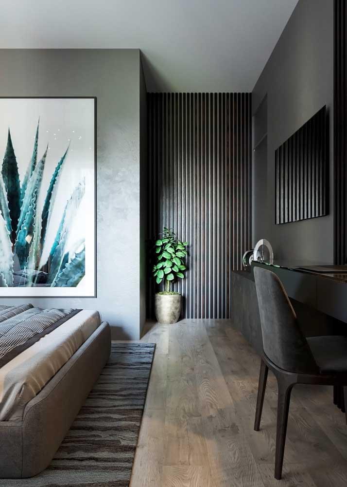 Piso vinílico com design em madeira envelhecida; perfeito para ambientes clássicos e sóbrios