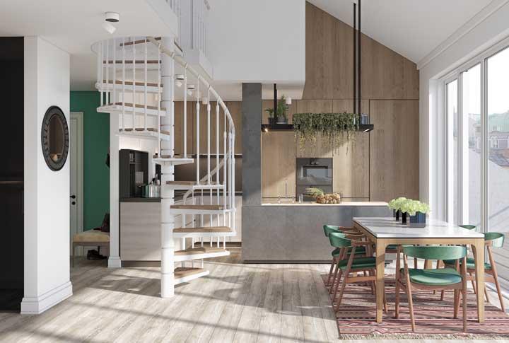 Opção de piso vinílico em tom mais claro para o ambiente que aproveita a entrada de luz natural