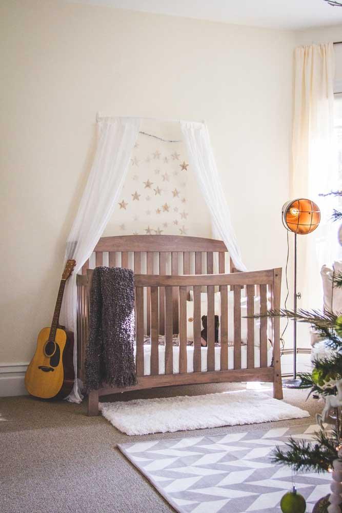 Se você deseja que seu bebê já se sinta como uma estrela famosa, decore o quarto com elementos que fazer referência à fama.