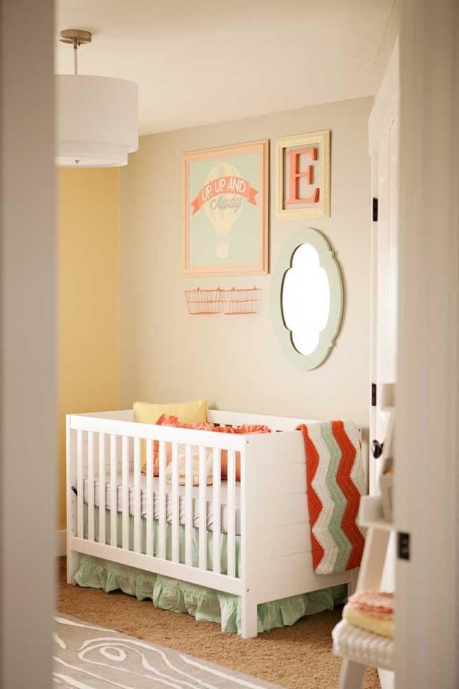 Se não tiver um tema específico para decorar o quarto do bebê, você pode fazer conforme a sua preferência.