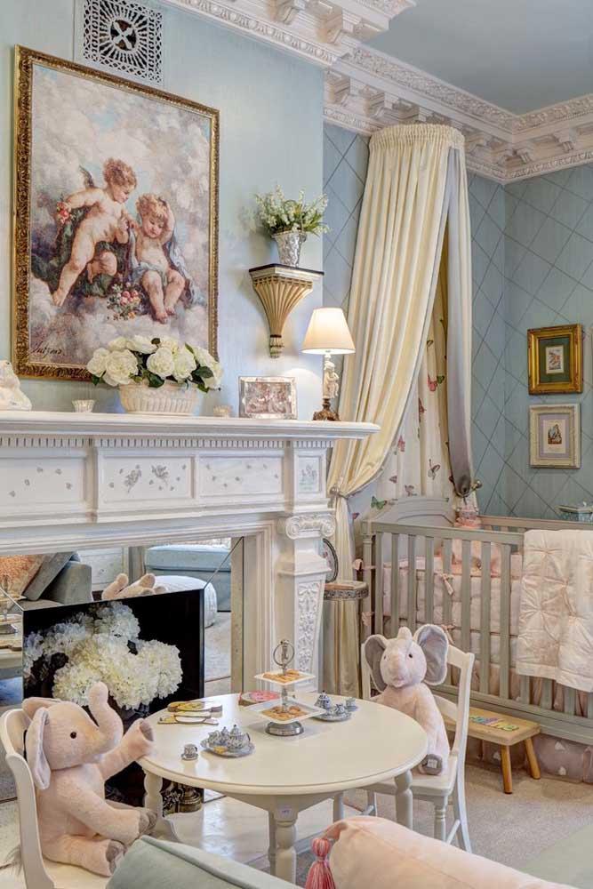 Quer fazer um quarto de princesa como esse para seu bebê? Saiba escolher adequadamente os móveis e objetos de decoração.