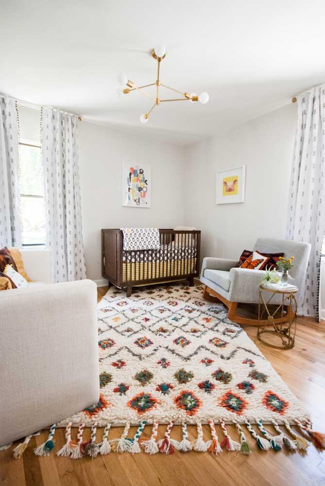 Independente do tema da decoração do quarto do bebê, um tapete fofo, aconchegante e acolhedor não pode faltar no ambiente.