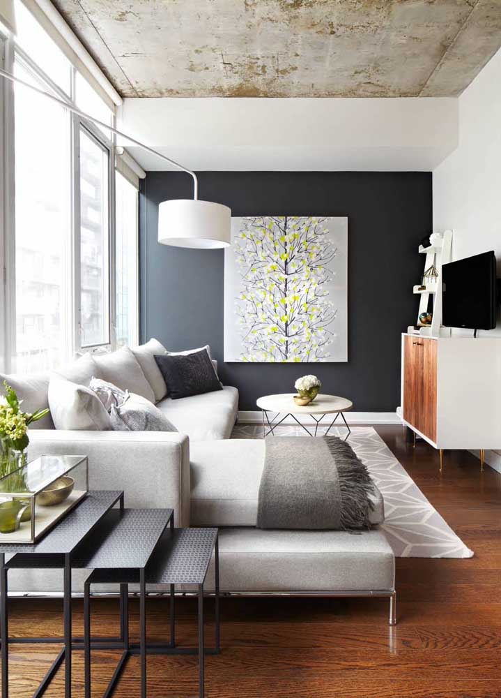 O modelo de sofá com chaise é uma das peças decorativas mais modernas para a sala de estar.