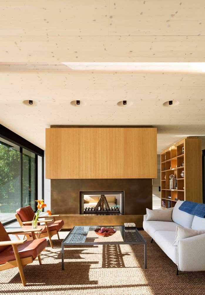 Olha que ambiente sofisticado, elegante e moderno ficou essa sala de estar com a escolha perfeita dos móveis.