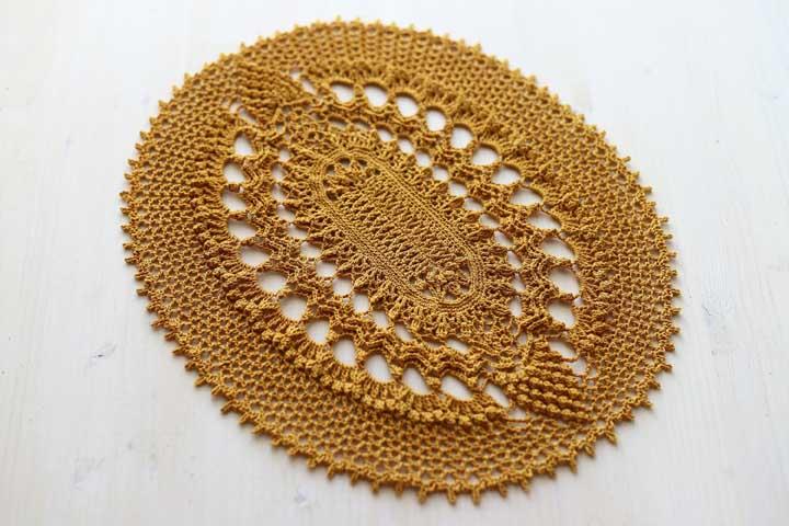 Cor de ouro no tapete, um luxo!