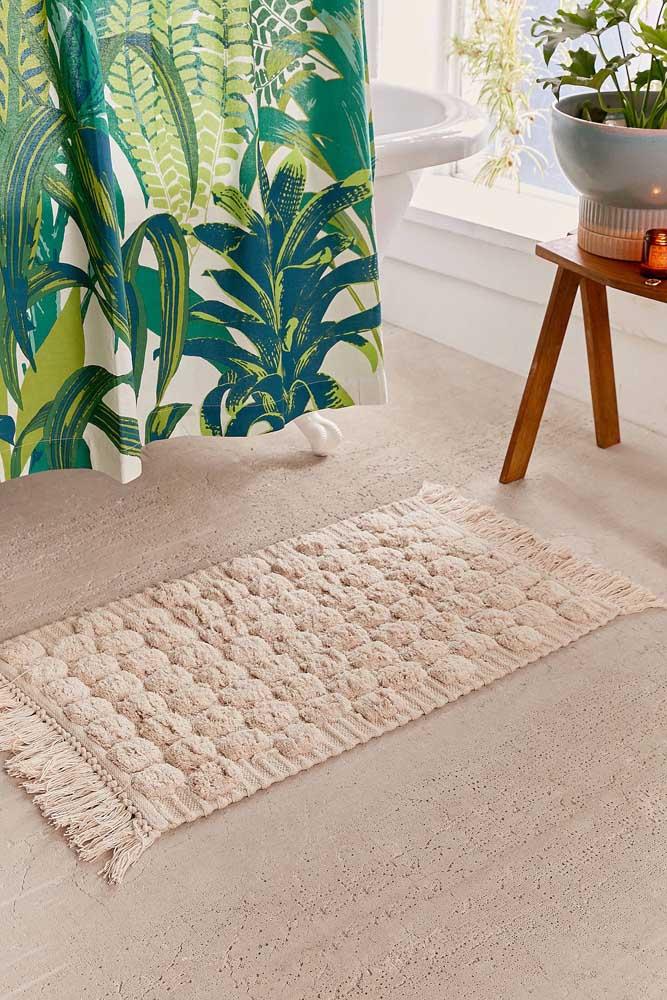 Macio, delicado e em tom neutro: modelo de tapete de crochê ideal para quem não sabe muito bem qual escolher