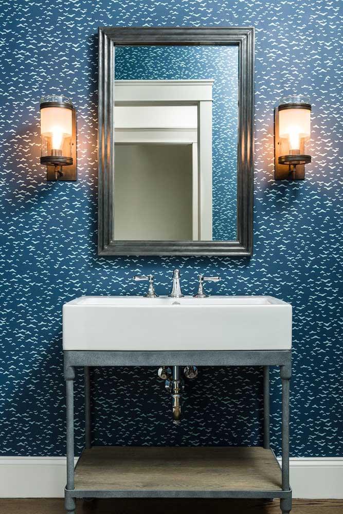 Que parede diferente e ao mesmo tempo muito fofa para decorar o banheiro.
