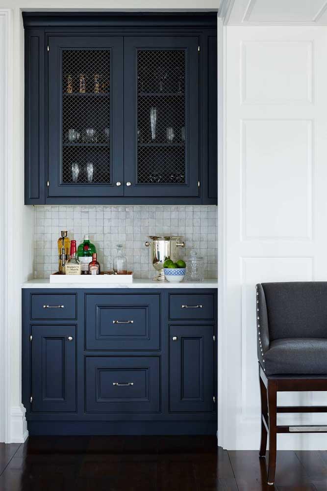 Na cozinha a cor também combina perfeitamente.