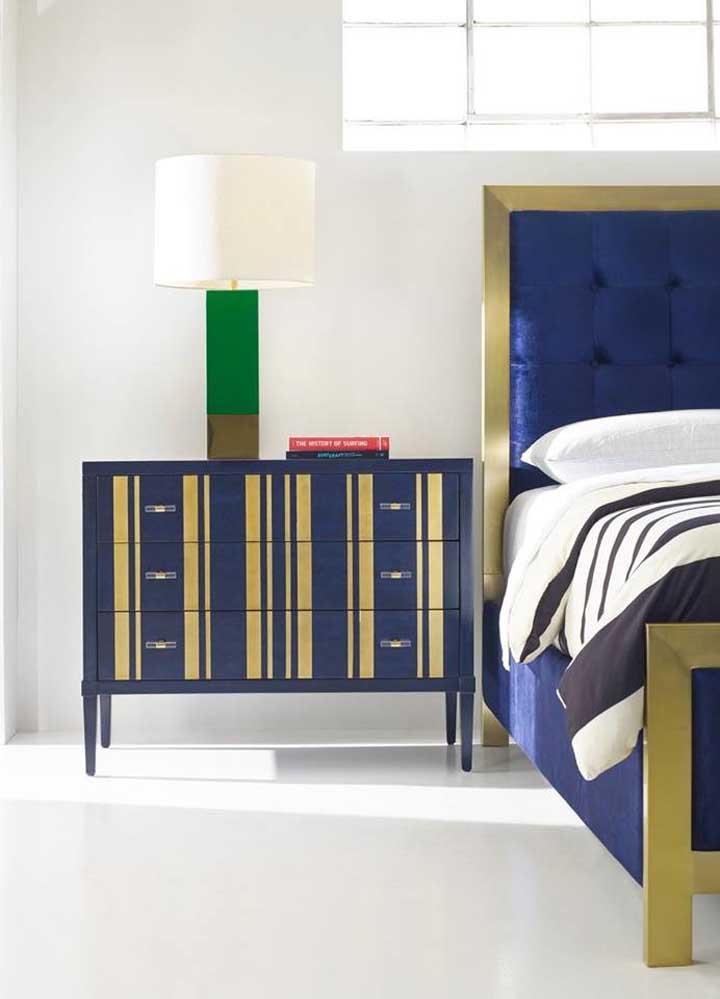 Azul royal e dourado: uma combinação nobre e com jeito de realeza