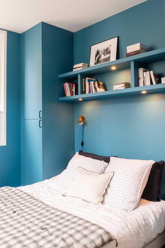 Para pessoas de personalidades fortes, o azul turquesa é uma ótima opção de cor de decoração.