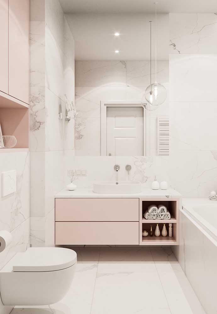 Os tons mais claros parecem que foram projetados para ambientes como o banheiro por transmitirem a sensação de organização e limpeza.