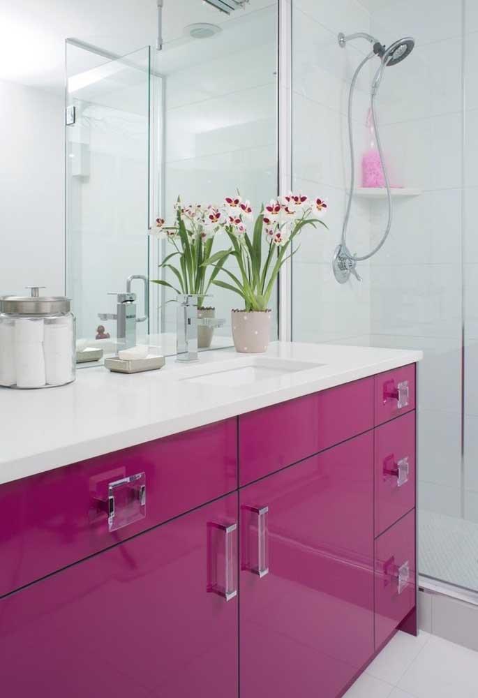 Use a cor rosa somente nos móveis.