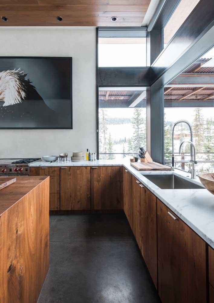 A melhor parte de ter uma casa grande é ter uma cozinha grande