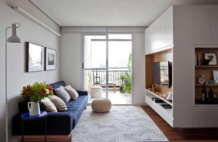 Varanda e sala de estar integradas: projeto padrão dos apartamentos atuais