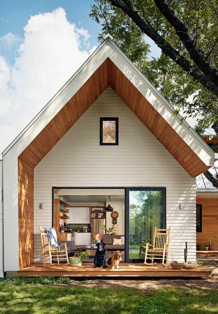 Um pé direito alto pode fazer milagres pela sua casa simples
