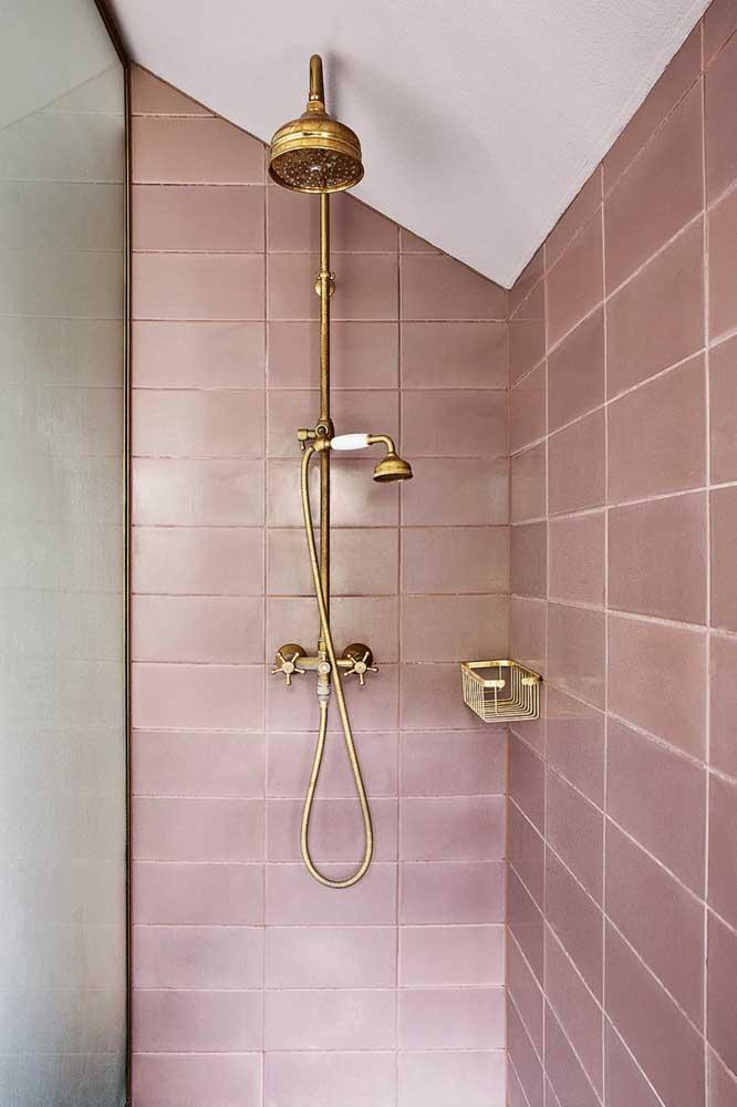 As louças e metais são a cereja do bolo de qualquer projeto de banheiro, ajudando, inclusive, a valorizar uma cerâmica simples