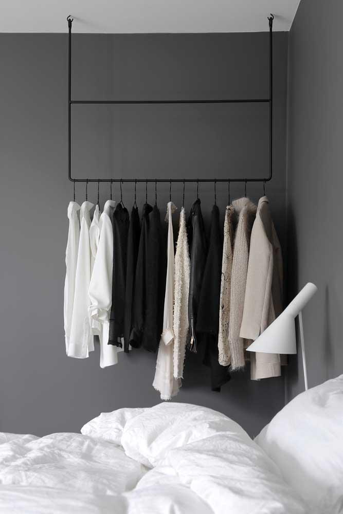 Adeus guarda roupa! A moda agora é decorar e organizar com closet aberto