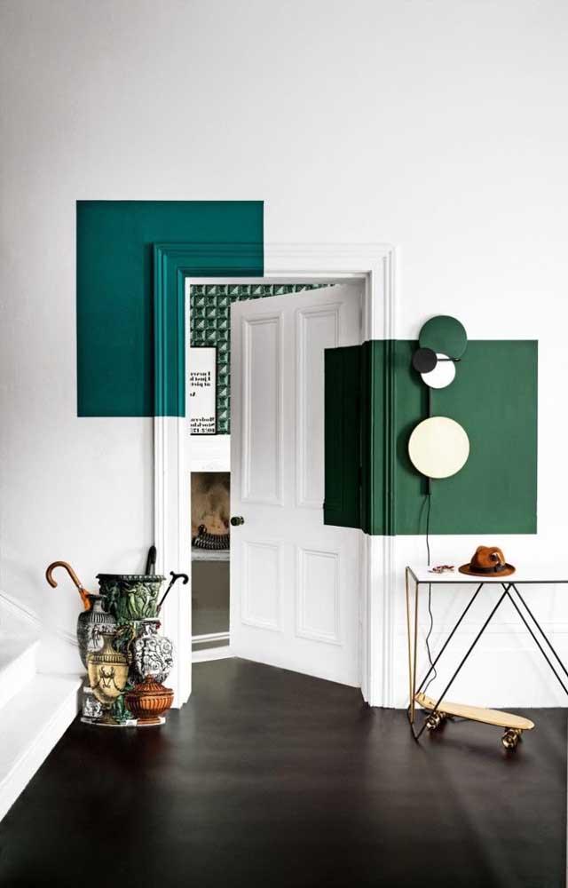 O destaque dessa decoração incrível é a pintura diferenciada na parede