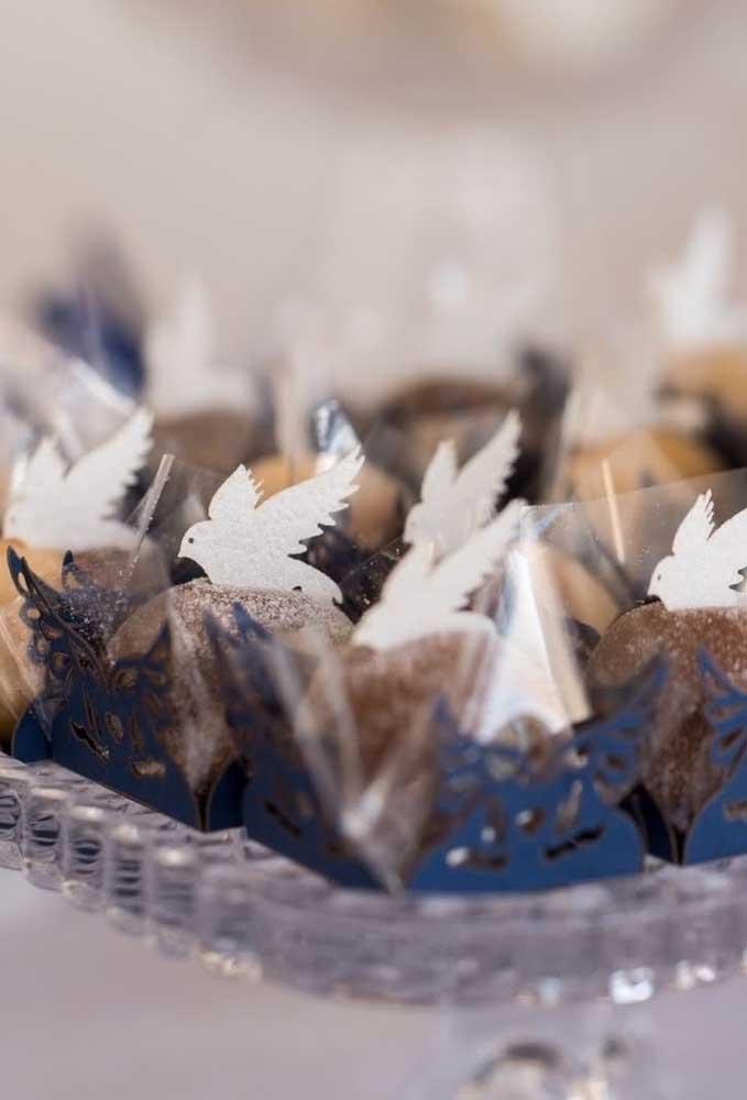 Pombinhas de papel para decorar os docinhos