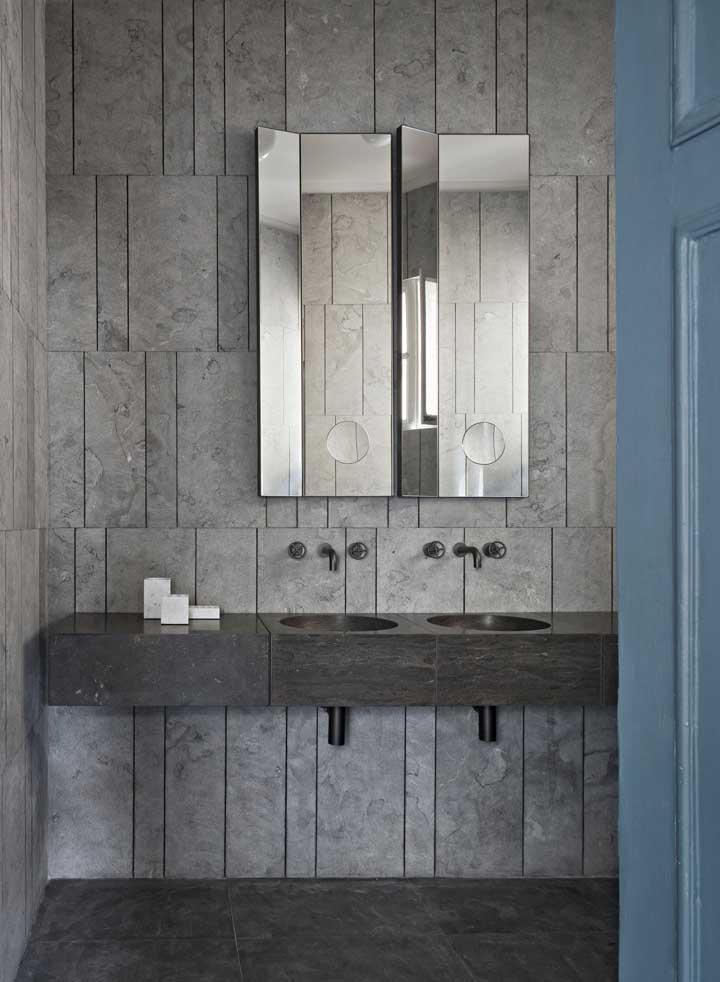 Mais uma inspiração para quem busca por um espelho diferenciado e original para o banheiro