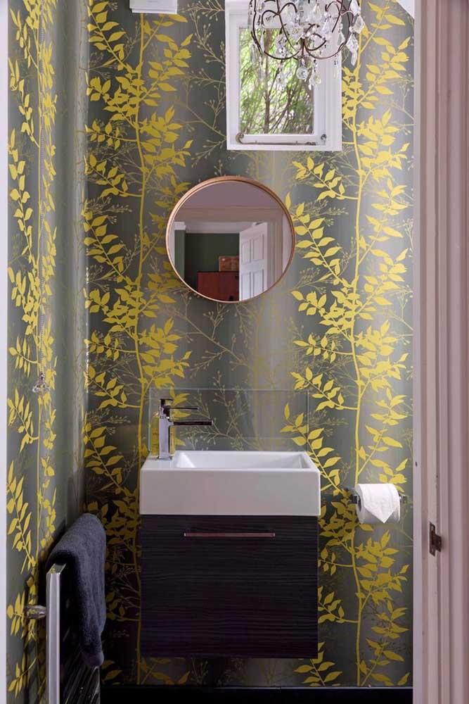 Mesmo menor é importante que o espelho para banheiro combine com o estilo do ambiente