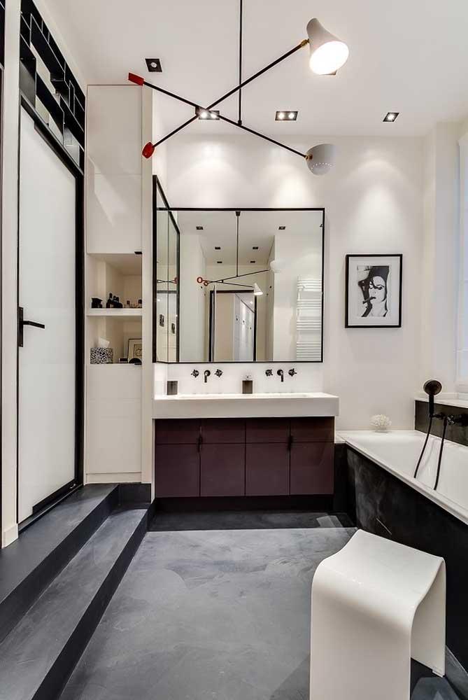 Espelho de canto para o banheiro: ótima opção para aproveitar melhor o espaço