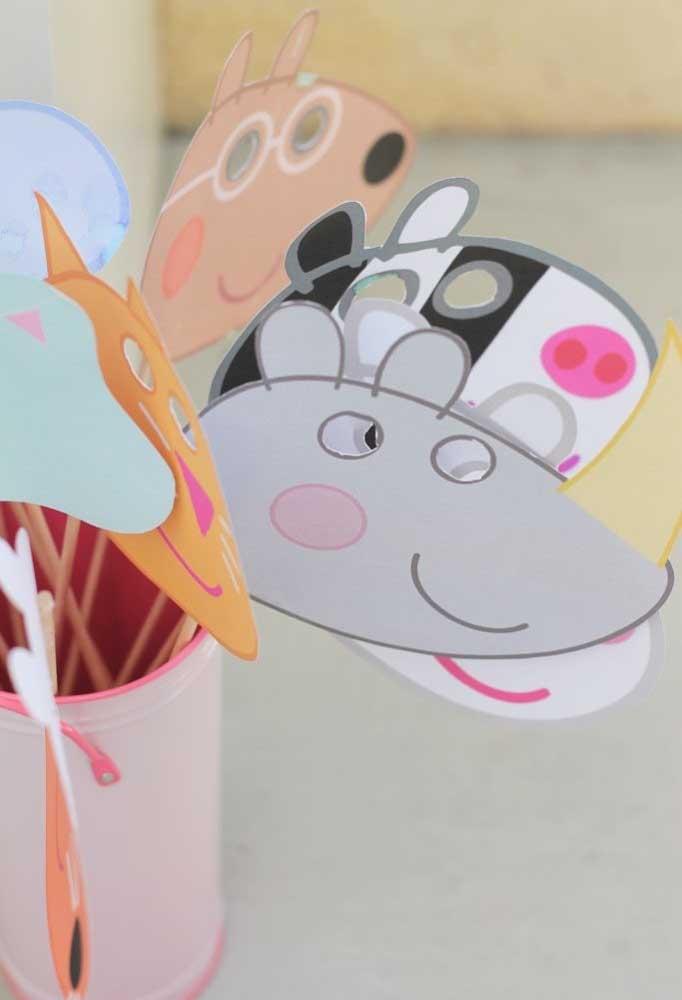 O que acha de preparar umas máscaras para a criançada?