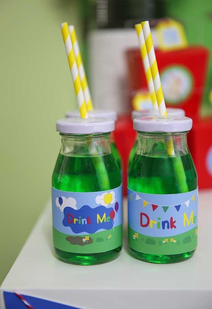 Distribua bastante drink para a criançada se refrescar!