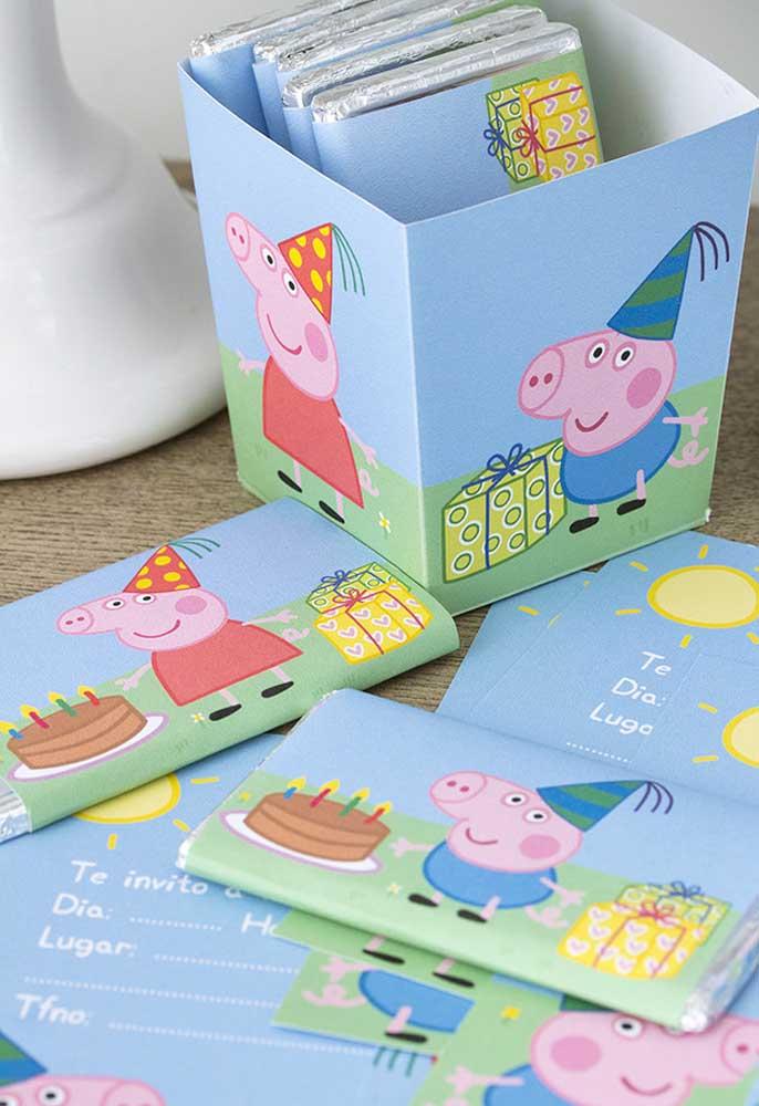 Que tal preparar um convite diferenciado com o tema Peppa Pig?