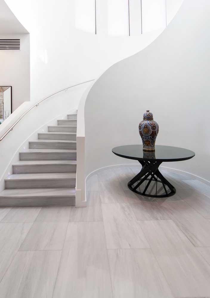 Transforme aquele cantinho vazio da casa com uma mesa redonda