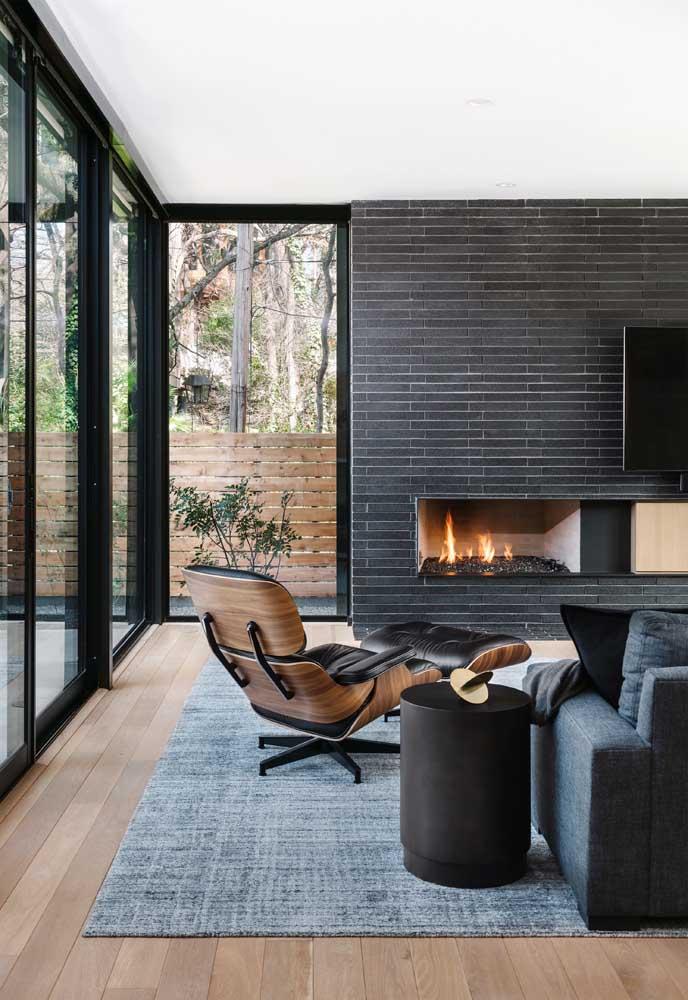 Poltrona Charles Eames: ao optar por uma peça de designer famoso permita que ela se destaque no ambiente