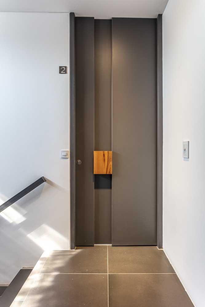 Porta de entrada de apartamento: se você não pode mexer na largura, mude ao menos a altura da porta