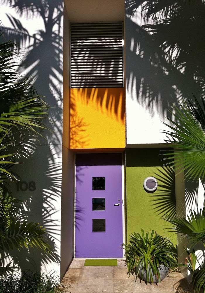 Color block na fachada: proposta moderna e descontraída