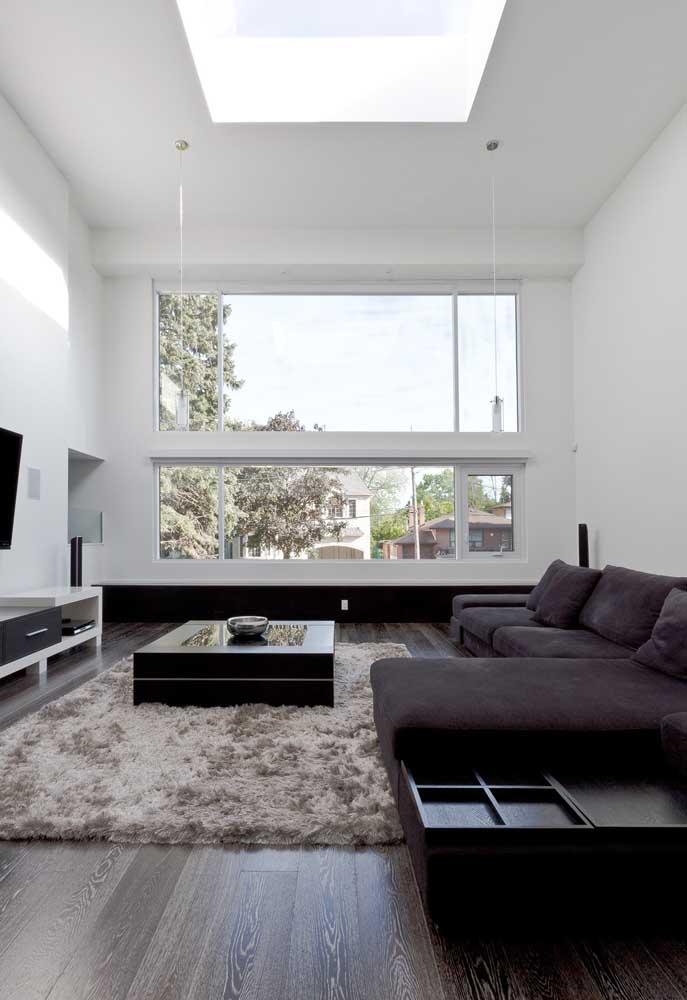 Luz natural não é luxo, é necessidade; traga esse elemento para o planejamento da sua sala