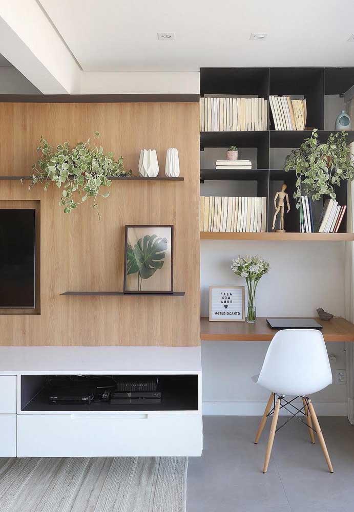 Sala de estar planejada em conjunto com o home office: solução para casas e apartamentos pequenos