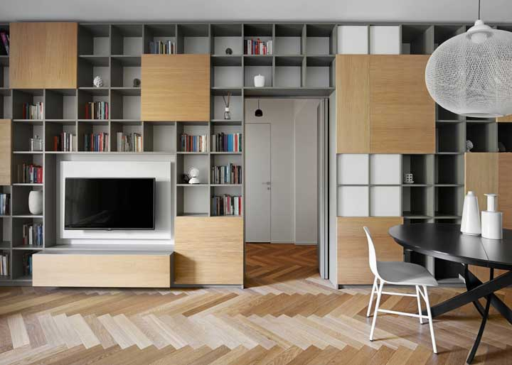 Nichos para otimizar o espaço da sala de estar