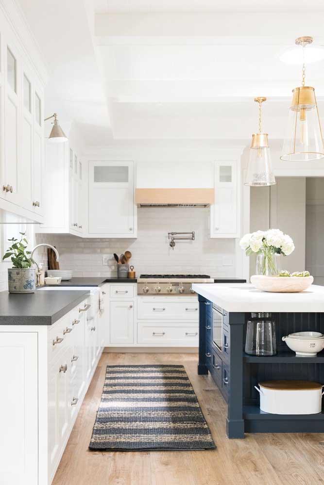 O tapete de crochê é um elemento decorativo que pode fazer uma enorme diferença nos ambientes, principalmente na cozinha.