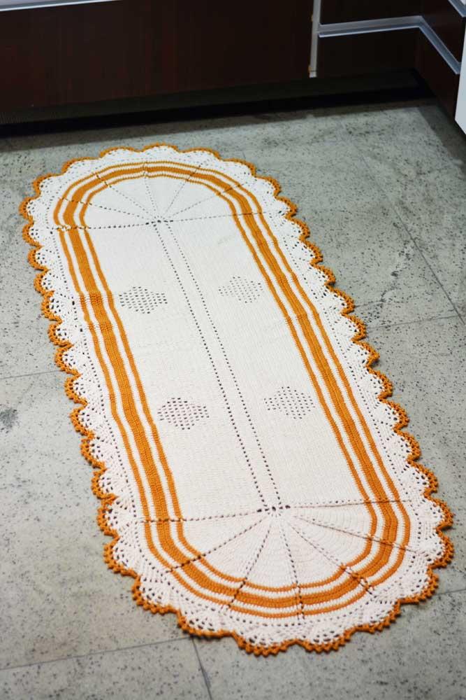 Os modelos de tapete de crochê mais tradicionais são bastante usados na cozinha.