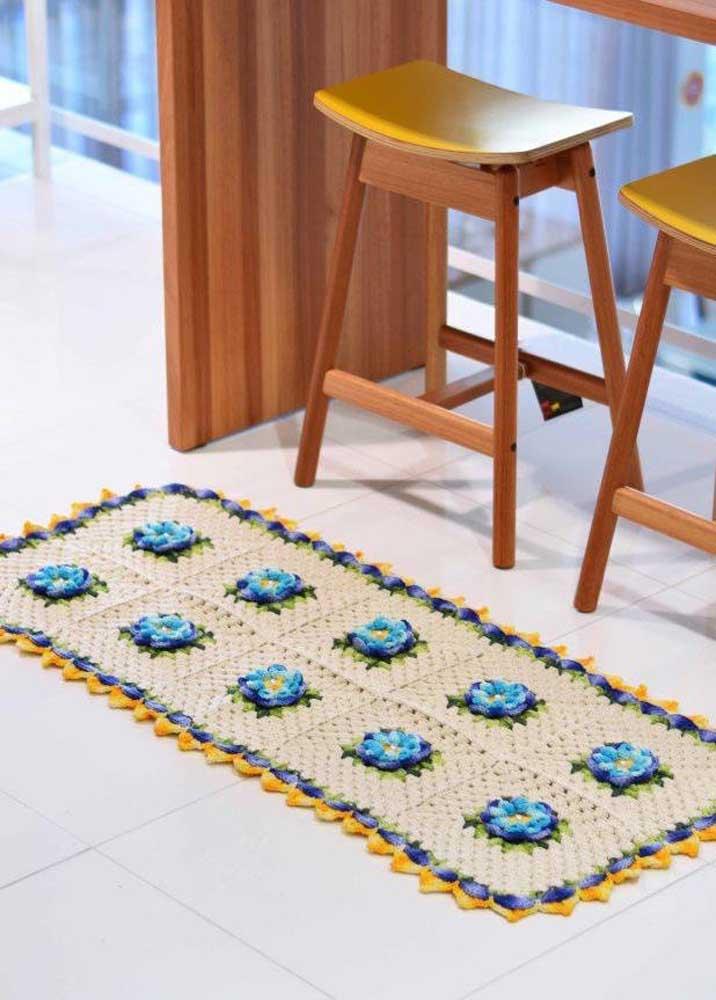 Existem diversos modelos de tapete de crochê e sempre um vai combinar com a sua decoração.