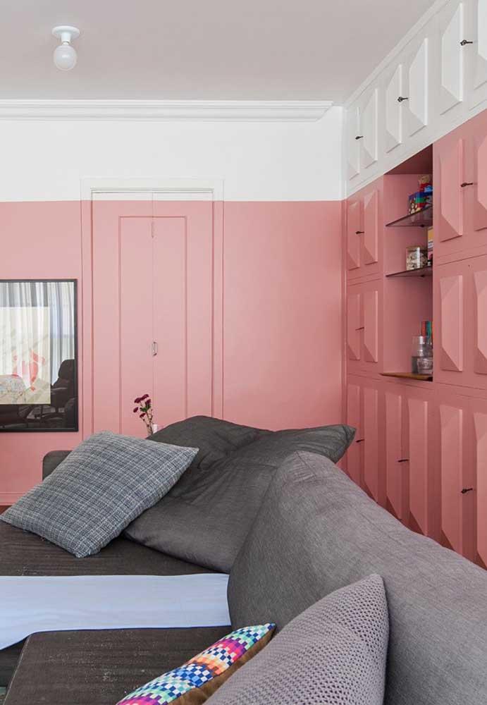 O que acha de decorar o cômodo inteiro com duas cores? Branca e rosa!