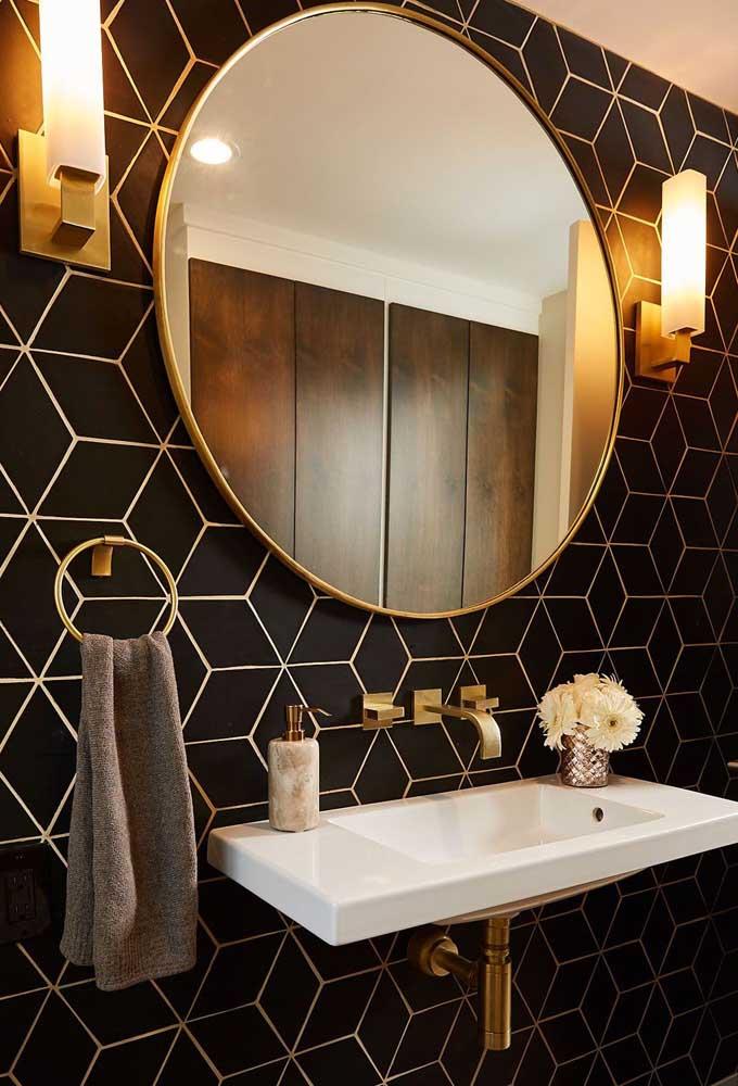 Opção moderna de azulejo para quem não abre mão do clássico preto e branco