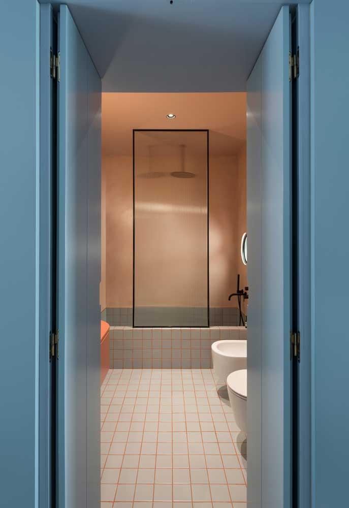 Você pode deixar o banheiro colorido desde a entrada.