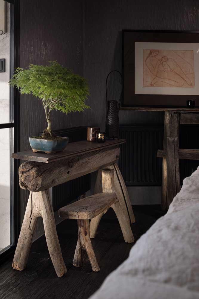 Ambientes com madeira ficam incríveis com bonsais
