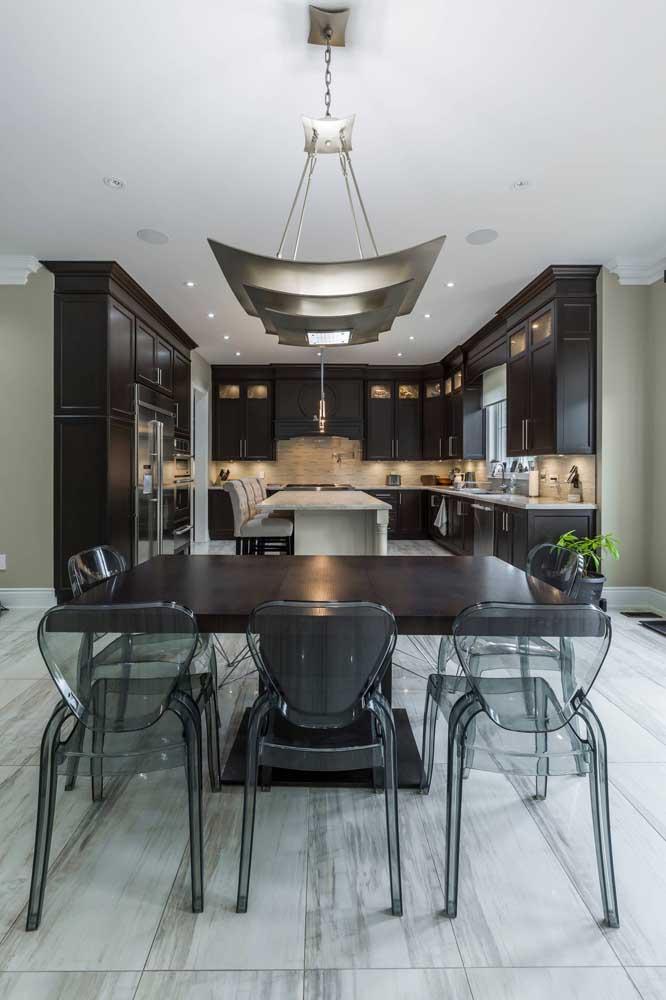 Cadeiras de acrílico preto para a sala de jantar do ambiente integrado