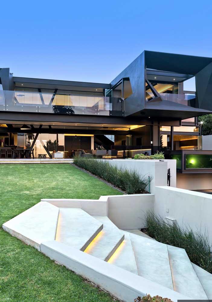 Uma casa cheio de estilo construída em formato L