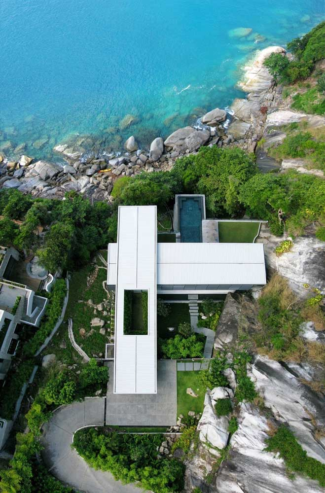 A casa com vista para o mar ficou perfeita no formato L