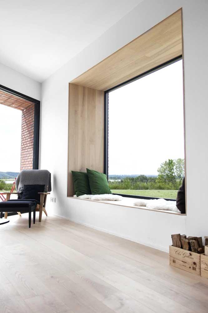 Essa casa planejada traz um espaço para descansar e aproveitar a vista
